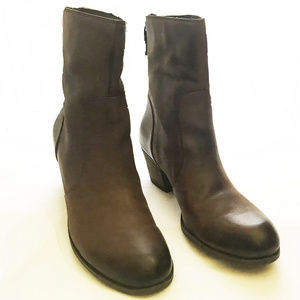 CROWN VINTAGE Brown Leather Ankle Boot Size 11